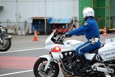白バイ  japan motorcycle police