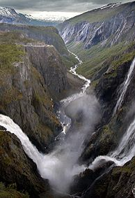 Vøringsfossen Waterfall, Norway - Photo: Destination Hardanger Fjord as Places Around The World, Oh The Places You'll Go, Places To Travel, Places To Visit, Around The Worlds, Beautiful Norway, Beautiful World, Beautiful Places, Oslo