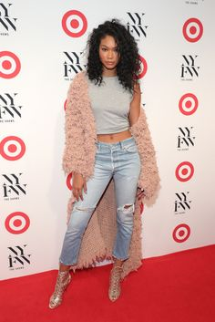 Chanel Iman Photos Photos - Model Chanel Iman attends Target + IMG New York Fashion Week Kick-Off Event at The Park at Moynihan Station on Tuesday, September 2016 in New York City. - IMG + Target Official NYFW Kick Off Blue Ripped Jeans, Cropped Jeans, Melanie Martinez, New York Fashion, Fashion News, Fashion Trends, Pink Faux Fur Coat, Jeans Azul, Chanel Iman