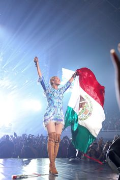 Mexican Beyonce. #beyhive #monterrey