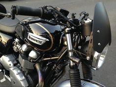 Beautiful opaque Dart flyscreen Triumph T120, Triumph Bonneville, Triumph Motorcycles, Cafe Racers, Woody, Motorbikes, Beautiful, Triumph Bikes, Motorcycles