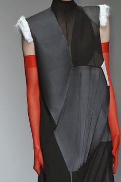 Deconstruction fashion - Central Saint Martins Fall 2014 London