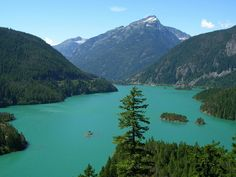 Diablo Lake, North Cascade Mountains, Washington State