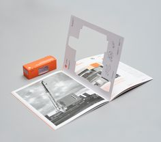 ab in die dritte dimension. CONCRESUR Corporate Brochure by Hachetresele Studio, via Behance