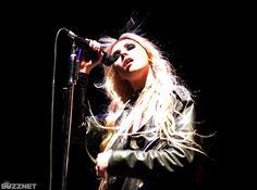 free screensaver wallpapers for taylor momsen