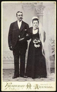 Black Wedding Gowns, Wedding Attire, Wedding Dresses, Victorian Era, Victorian Fashion, Old Photos, Vintage Photos, Victorian Photography, Chic Vintage Brides
