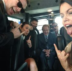 Scandal on a bus .... Bellamy Young Scott Foley Jeff Perry G Diaz Katie Lowes Josh Malina
