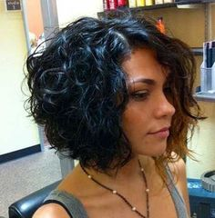 Lots of celebrities these days sport short curly hair styles, but some of them really stand out. When we think of curly short hair, the image of AnnaLynne Bob Haircut Curly, Short Curly Bob, Cute Hairstyles For Short Hair, Curly Bob Hairstyles, Short Hair Cuts, Quick Hairstyles, Hairstyles 2018, Bob Haircuts, Celebrity Hairstyles