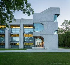 ComplexeScientifique-StephaneGroleau-229-2 Contemporary Architecture, Architecture Design, Quebec City, Architects, Art Nouveau, Centre, Multi Story Building, Canada, Tech