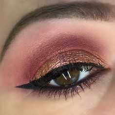 HUDA BEAUTY Mauve Obsessions Eyeshadow Palette Swatches, Review + EOTD