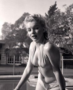screengoddess: Marilyn Monroe photo by Bob Beerman for Modern Screen Magazine Hollywood Stars, Old Hollywood, Divas, Marilyn Monroe Fotos, Viejo Hollywood, Pin Up, Norma Jeane, Sophia Loren, Brigitte Bardot