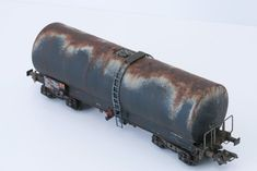 Patine d'un wagon calorifugé REE | SMCF Weather Models, Rc Crawler, Military Modelling, Ho Scale, Scale Models, Miniatures, Rust, Display Cabinets, Modeling