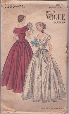 MOMSPatterns Vintage Sewing Patterns - Vogue 3265 Vintage 50's Sewing Pattern DIVINE Juniors Cotillion Ball Gown, Double Collar Floor Length Prom Gown, Wedding Dress, Gala Evening Size 9