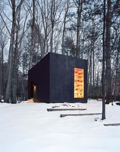Bookworms will Adore this Cabin in Upstate New York - http://freshome.com/bookworms-will-adore-this-cabin/