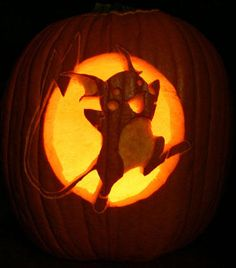 Awesome Pokemon pumpkin carving skills #Halloween