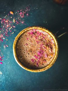 A simple and delicious dairy-free hot chocolate with hazelnut butter. This recipe is vegan, refined sugar-free, and oil-free. Vegan Gluten Free Desserts, Healthy Vegan Snacks, Gluten Free Recipes, Vegan Recipes, Vegan Blogs, Vegan Sweets, Healthy Desserts, Healthy Eats, Dairy Free Hot Chocolate