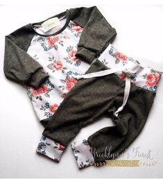 Floral & Grey. Too cute.
