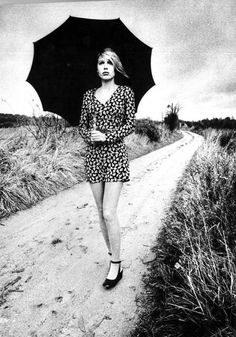 Helen Hoberg photographed by Jeanloup Sieff for Vogue Paris, February 1971