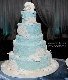 Blue and White Beach Theme Wedding Cake. I like it! Beautiful!