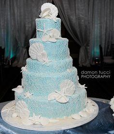 Blue and White Beach Theme Wedding Cake. I like it! Beautiful!