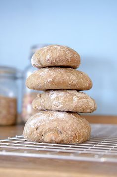 Grove eltefrie rundstykker Hamburger, Bread, Food, Brot, Essen, Baking, Burgers, Meals, Breads