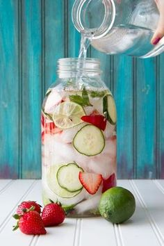 Strawberry Lime Cucumber and Mint Infused Water Strawberry Lime Cucumber and Mint Water- yum! The post Strawberry Lime Cucumber and Mint Infused Water appeared first on Summer Ideas. Refreshing Drinks, Fun Drinks, Yummy Drinks, Healthy Drinks, Alcoholic Beverages, Fruity Drinks, Healthy Juices, Cold Drinks, Infused Water Recipes