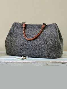 Mrs. Knitsallday's Felted Bag - Nancy Basch - knit pattern