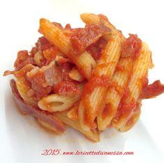 Pennette all'Amatriciana per un sabato ricco di sapore... Vieni a scoprire la ricetta nel blog http://www.lericettedivanessa.com/altre-ricette/amatriciana-10 #lericettedivanessa #amatriciana #pomodoromutti #mutti #pomodoro #dececco #pasta #foodpic #foodporn #food #instafood #instapic #tagsforlikes @muttipomodoro