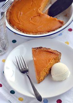 The Great Pumpkin Pie! by Dreena Burton, plant-powered kitchen...gluten-free, vegan, soy-free...