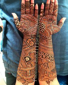No photo description available. Arabic Bridal Mehndi Designs, Wedding Henna Designs, Full Mehndi Designs, Engagement Mehndi Designs, Indian Mehndi Designs, Mehndi Design Pictures, Mehndi Designs For Girls, Mehndi Images, Mehendhi Designs