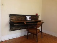 Rustic floating desk and chair Cozy Home Office, Guest Room Office, Floating Corner Desk, Space Saving Desk, Executive Office Furniture, Rustic Desk, Rustic Industrial, Ikea Interior, Desk Storage
