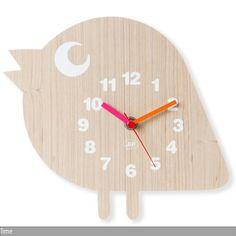 Mit dieser niedlichen Uhr haben Ihre Kinder die Zeit im Blick (Batterie 1xAA nicht im Lieferumfang). Maße (HxB): 21 x 23 cm; Material: MDF; Modell:…