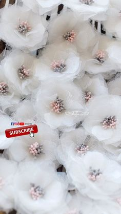 This Is A Romantice Paper Flower Making - Diy Crafts Organza Flowers, Felt Flowers, Diy Flowers, Fabric Flowers, Paper Flowers, Ribbon Art, Diy Ribbon, Handmade Decorations, Handmade Crafts