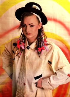 Welcome to boygeorgedaily, your source for all edits and photo sets of Boy George and Culture Club. Boy George, Solo Music, Culture Club, Old Singers, Rhythm And Blues, Couple Halloween Costumes, Boy Fashion, My Boys, Actors