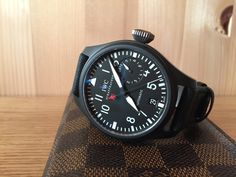 Simply Classy Watches Iwc Watches, Cool Watches, Panerai Luminor 1950, Best Looking Watches, Watch Deals, Watch Crown, Bell Ross, Top Gun, Luxury Watches
