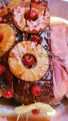 Heres the best ham with pineapple and brown sugar recipe youll ever come across. This recipe is so good its sweet flavorful and you can make it pop with the cherries. Check out the recipe card to make this easter classic meal. - Ham - Ideas of Ham Holiday Ham, Holiday Recipes, Holiday Dinner, Dinner Recipes, Christmas Ham Recipes, Holiday Meals, Dinner Ideas, Christmas Dishes, Christmas Brunch