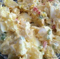 Mi Esquina Boricua y Más: Ensalada de papas y huevos