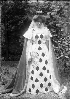 An Edwardian woman in a beautiful Queen of Spades costume, c. 1905. #Edwardian #vintage #1900s