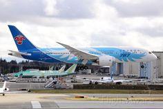 FlightAware ✈ Photo of CSN Boeing 787-8 (B-2727)