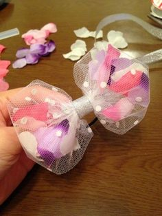 Tule and faux flower petals hair bow Making Hair Bows, Diy Hair Bows, Diy Bow, Bow Hair Clips, How To Make Hair, How To Make Bows, Diy Hair Accessories, Diy Hairstyles, Handicraft