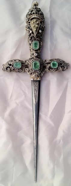 Medici dagger ca.1840 sterling silver,set with emerald and turquoise