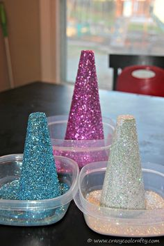 Even I could make these!  Glitter Mod Podge Trees | @CrazyCoolCrafty