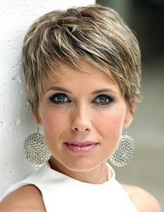 Coupe courte pour femme : pixie cut pixie haircut cropped pixie pixie haircut