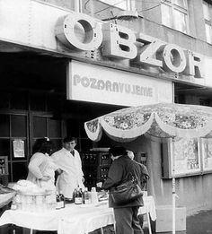 do tohto kina sme chodili zo ZŠ na mnohé premietania Bratislava, My Memory, Retro, Nostalgia, Memories, Times, Souvenirs, Remember This, Mid Century
