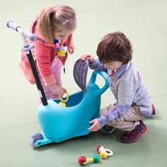 This 3 in 1 kids scooter is made from high quality PP and aluminum, whose limited weight reaches 44 lbs. This style of scooter is suitable for kids from 3 to 5 years old. The height-adjustable T-bar is suitable to last as your li Best Scooter, Kids Scooter, Toddler Luggage, Best Travel Gadgets, Pull Wagon, Kids Toy Store, Kids Ride On Toys, Bike Prices, Childrens Meals