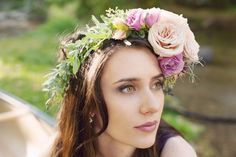 The make up for this shoot was done by Christine Aders. I love this flower crown that has touches of honeycomb. A special thanks to Courtney Demmit-Rice. Photography by Stephanie Pass.