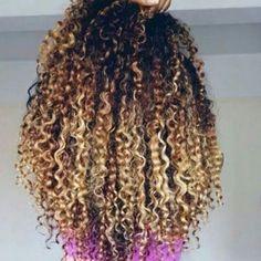 Curls: @3 lindooo @mycachosoficial