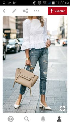 Love this outfit for summer.  Pumps are so much better than flats