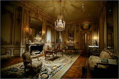 An interior from the Hôtel de Varengeville in Paris, circa 1740, at the Metropolitan Museum of Art in New York.    Photo: Michael Nagle for The New York Times
