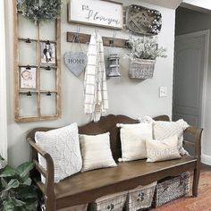 30 Cozy Farmhouse Living Room Decor and Design Ideas. 30 Cozy Farmhouse Living Room Decor and Design Ideas. Farmhouse style is so cozy! It's perfect for families as it creates a wonderful atmosphere. A living room that is a family room is created . Rustic Farmhouse Entryway, Country Farmhouse, Farmhouse Design, Modern Farmhouse, Farmhouse Ideas, Farmhouse Front, Kitchen Rustic, Kitchen Decor, Modern Rustic